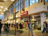 Cleaning companies are needed twice in busy malls