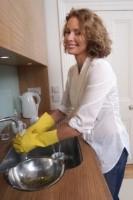 Britains unseen dishwashers